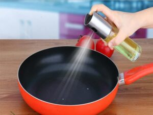 How to use cookware spray